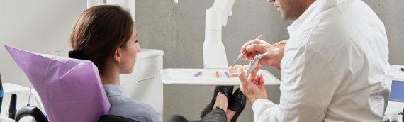 Опашки при зъболекарите заради ковид пандемията